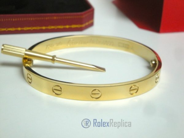 10replica-cartier-gioielli-bracciale-love-cartier-replica-anello-bulgari.jpg
