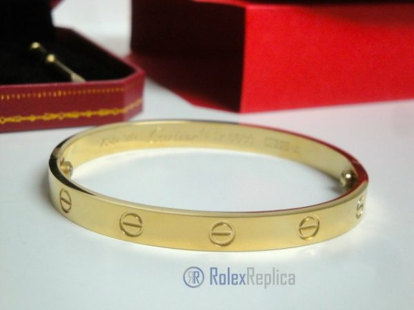 7replica-cartier-gioielli-bracciale-love-cartier-replica-anello-bulgari.jpg