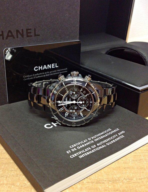 Chanel-replica-J12-Chronograph-H0940-Black-Ceramic3.jpg