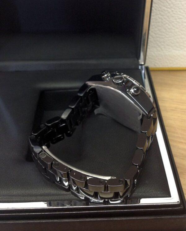 Chanel-replica-J12-Chronograph-H1009-Twin-Row-Diamond-Bezel-Black-Ceramic5.jpg