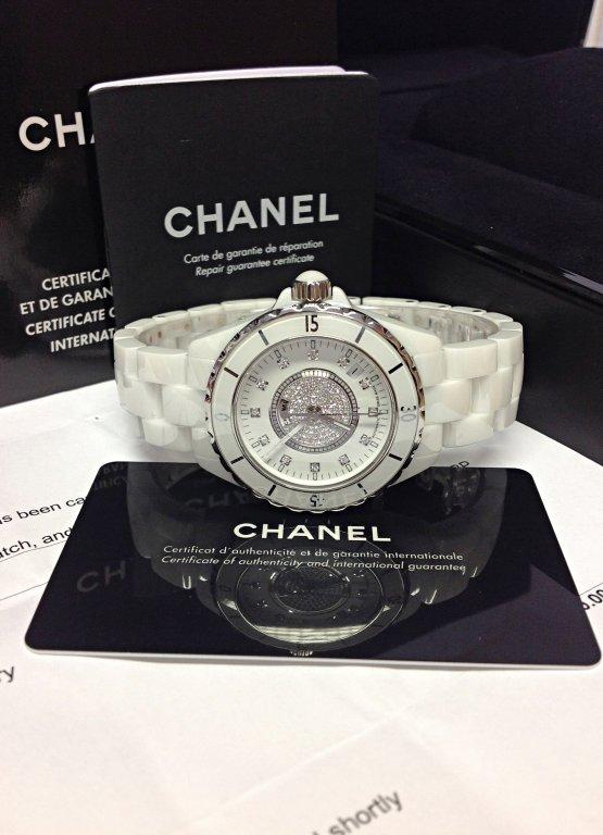 Chanel-replica-J12-H1759-White-Ceramic-Ladies6.jpg