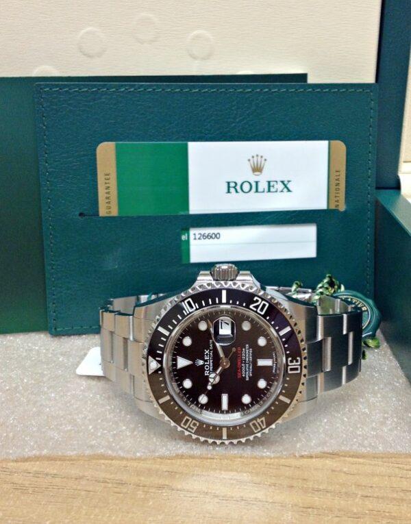 Rolex-Sea-Dweller-126600-43mm-Red-Writing3.jpg