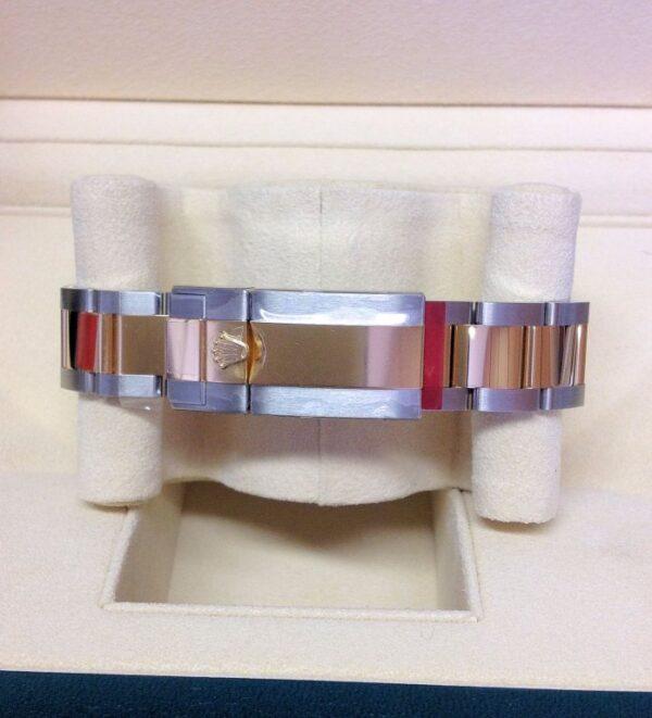Rolex-replica-GMT-Master-II-116713LN-BiColour6.jpg