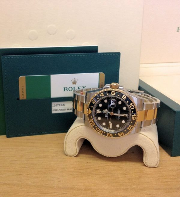 Rolex-replica-GMT-Master-II-116713LN-BiColour7.jpg